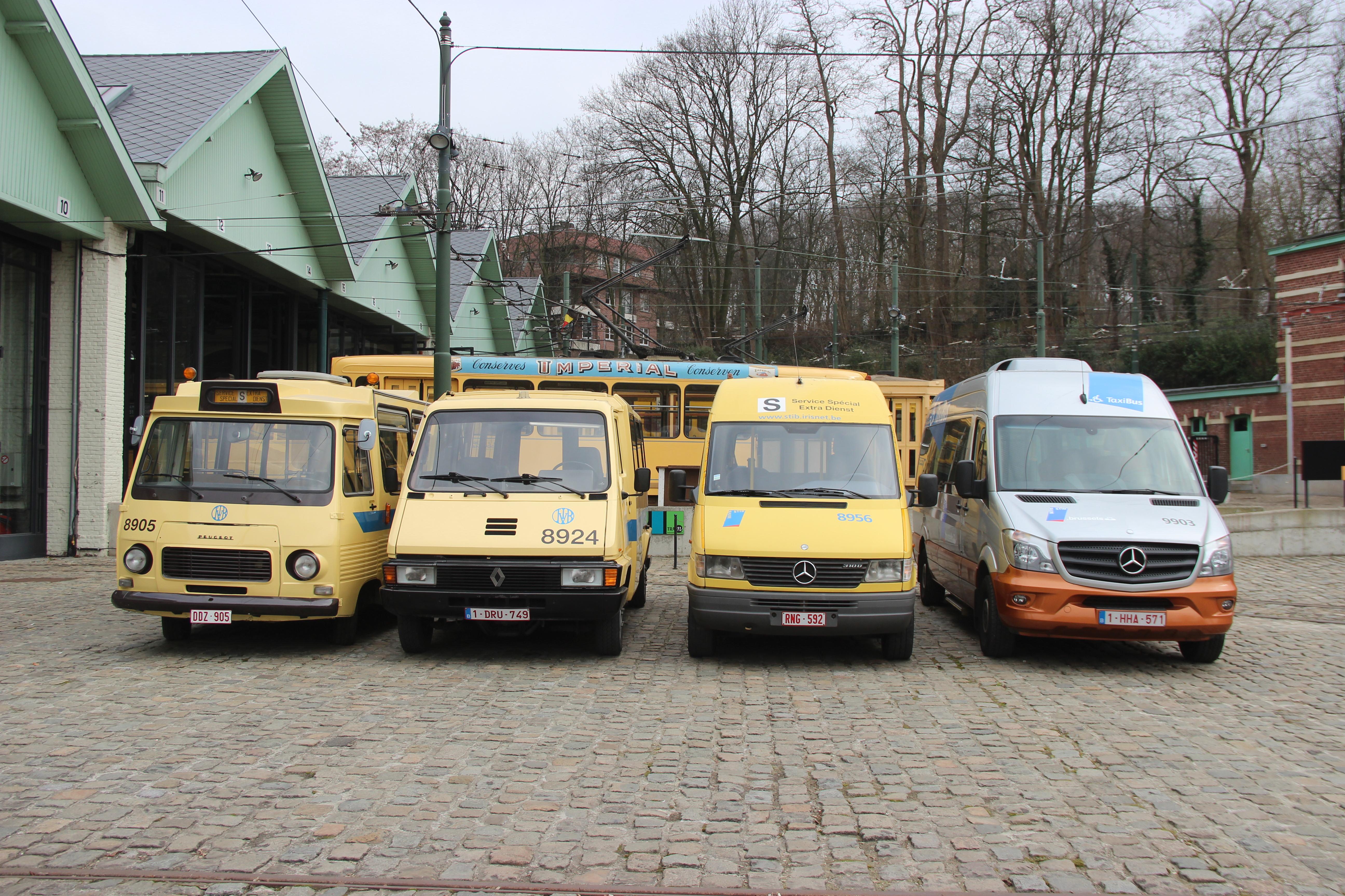 Photo de famille pour les «Taxibus»