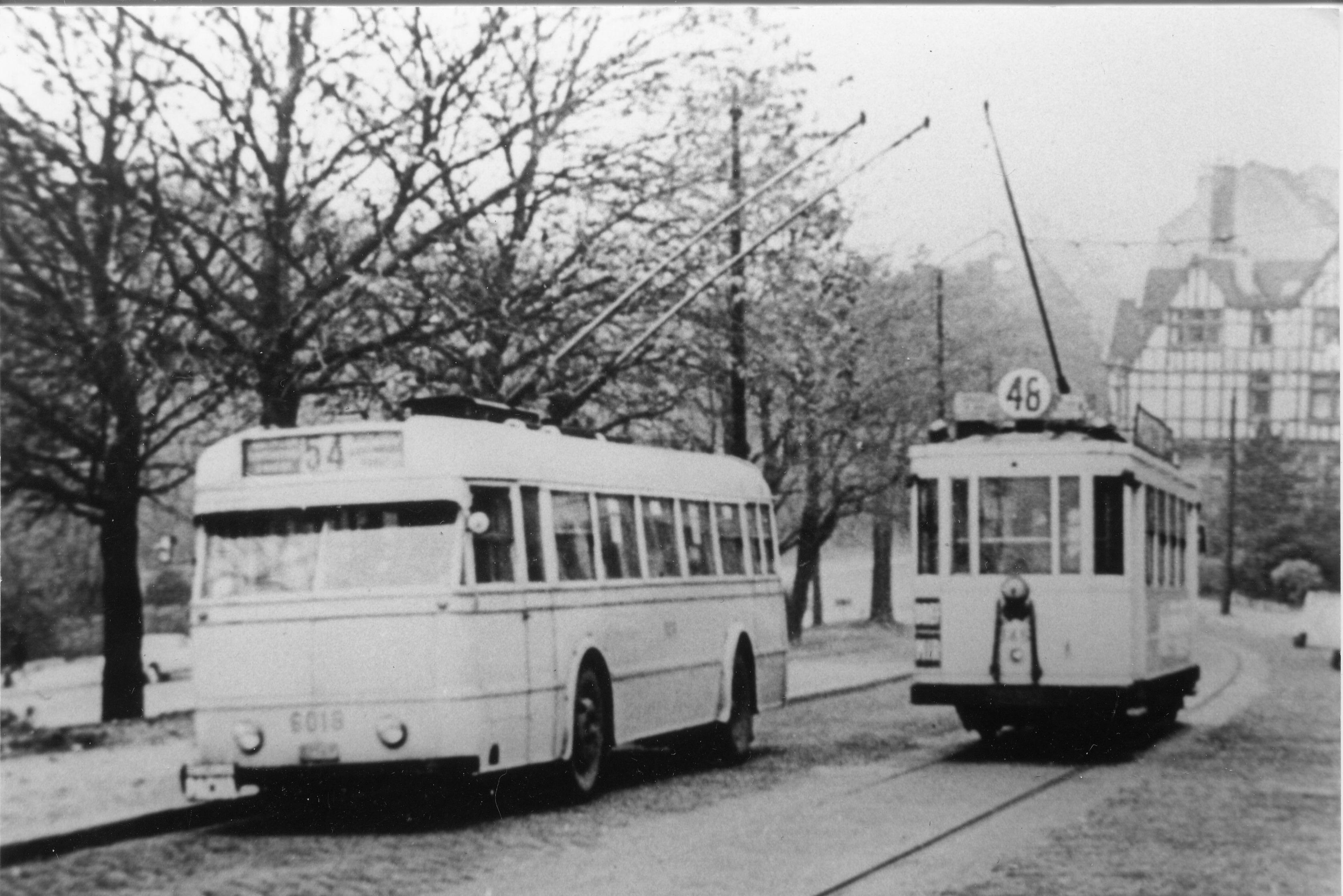 Tram 48 Besmelaan foto © Robert Temmerman