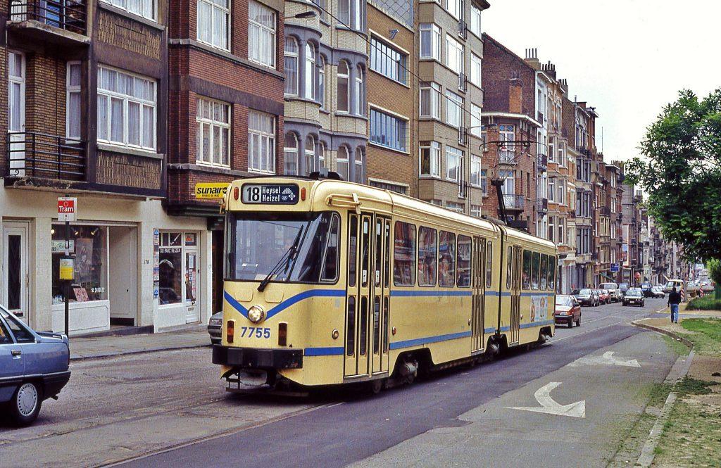 tram 7725