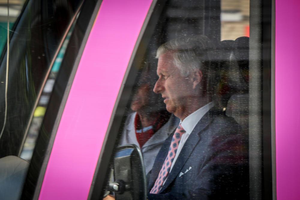 Le jour où : le Roi Philippe a conduit un tram 👑