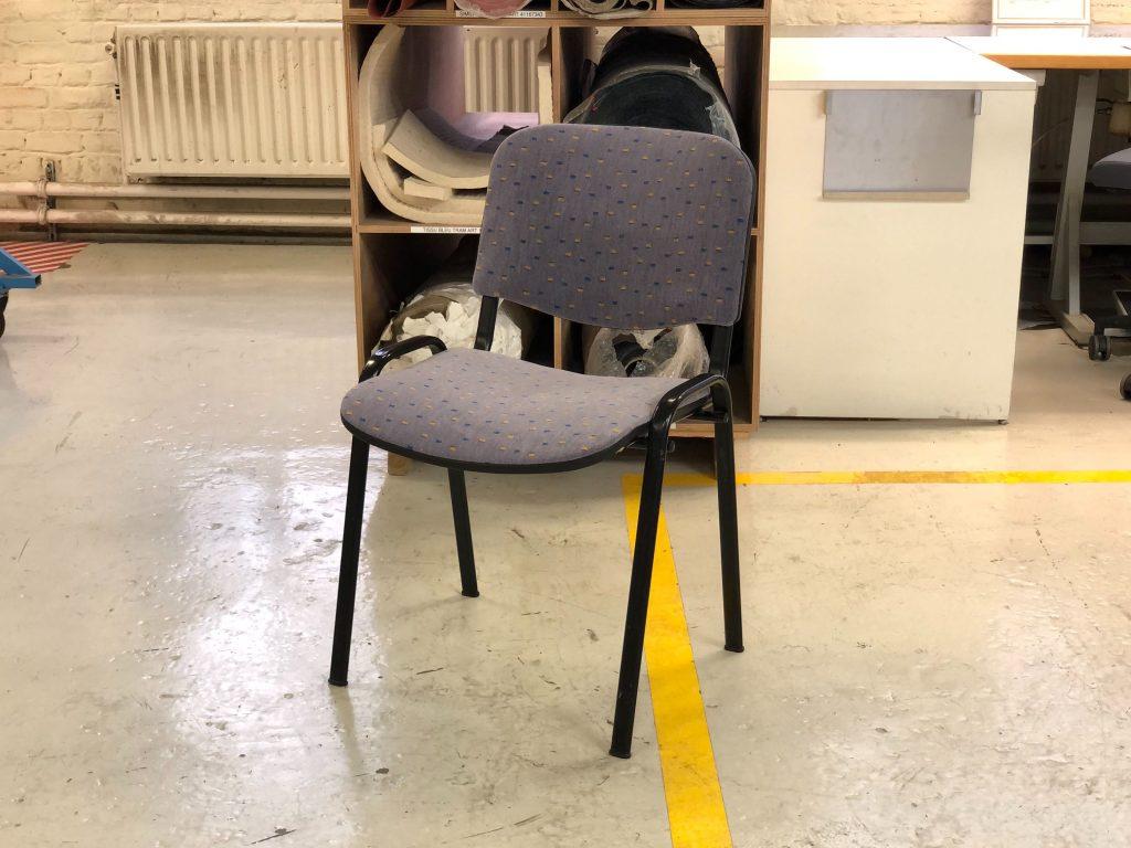 Afgewerkte stoel.