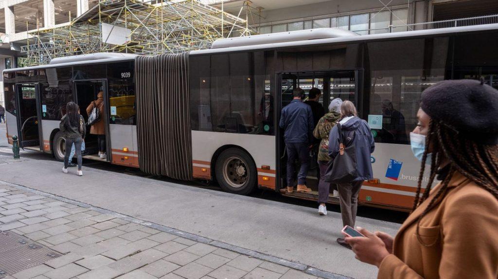 Hoe verluchten in de bus
