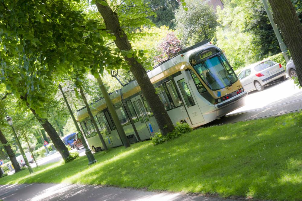 tram T2000
